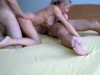 dilettante mother i sex with 9 boyz